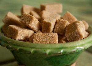 Cukier trzcinowy (cukier brązowy)