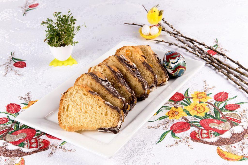Babka wielkanocna – polska tradycja na Wielkanoc