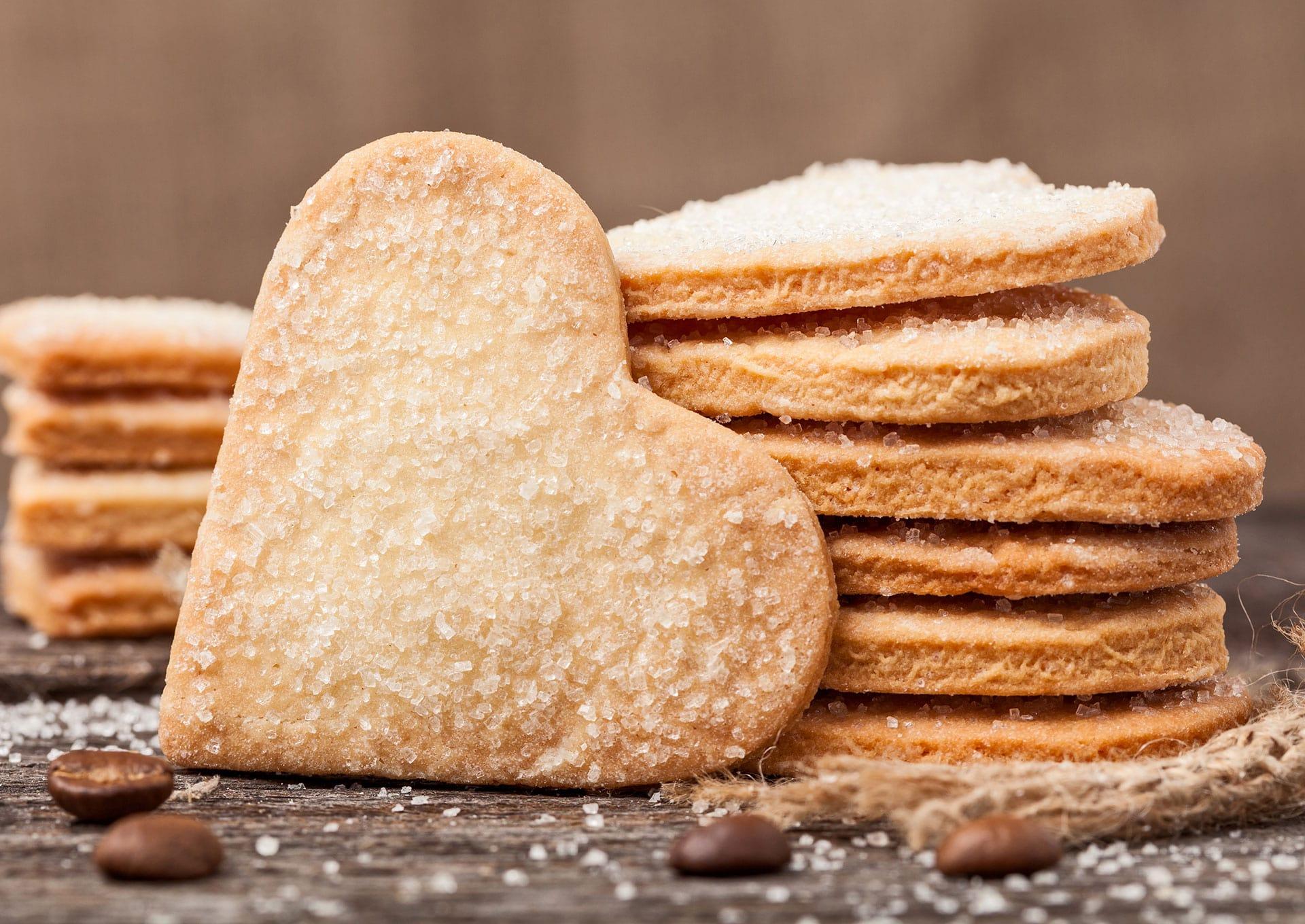 Kruche ciasteczka z cukrem - jak zrobić je w domu?